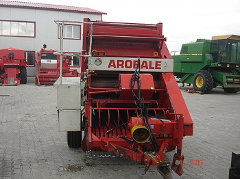 Claas Rollant 44 (Arobale 1212 S)