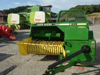 John Deere 339